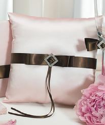 7151 Chocolate and Strawberry Cream Ring Pillow